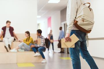 דפיברילטור בבתי ספר – הסיבות בגללן אושר חוק מחייב בנושא